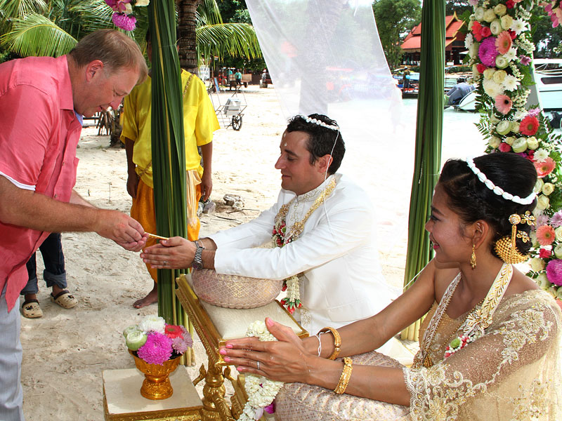 luxury-thai-wedding-resort